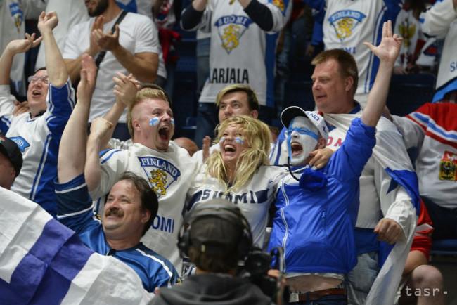 fecfd13d7d2e9 Na snímke fínski fanúšikovia vo finálovom zápase Kanada - Fínsko na 83. majstrovstvách  sveta v ľadovom hokeji v Bratislave 26. mája 2019.